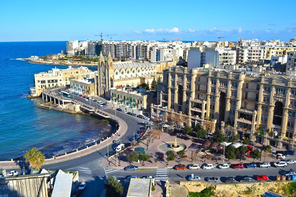 thường trú nhân Malta